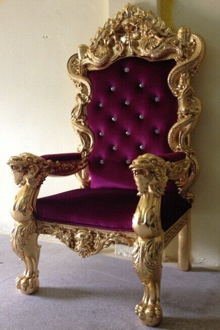 Magnificent Antique Decorating King Chair Sofa Throne Wedding In 2019 Gmtry Best Dining Table And Chair Ideas Images Gmtryco