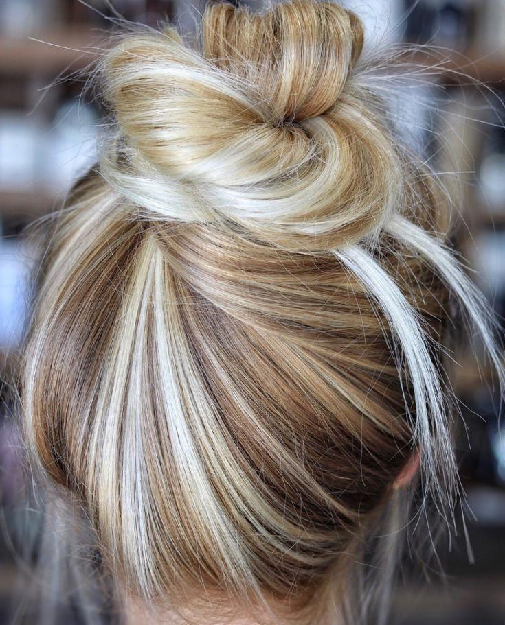TREND: CREAMY BLONDE #haircolor #messybun #balayagewithcarmel #balayagehairblonde