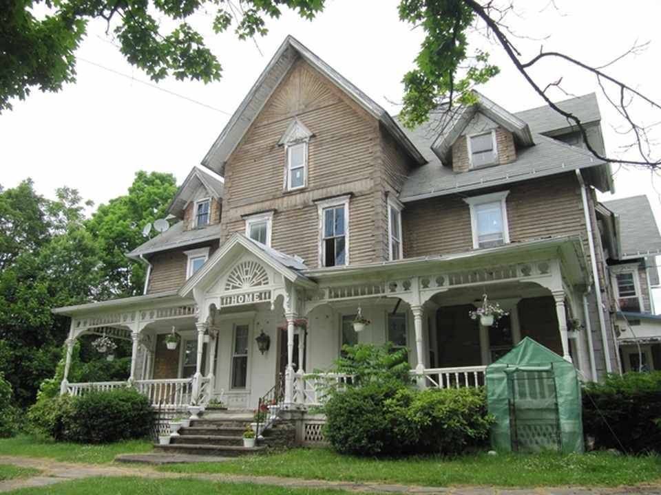 Historic property with lots of potential!!! Over 4600 square foot ...