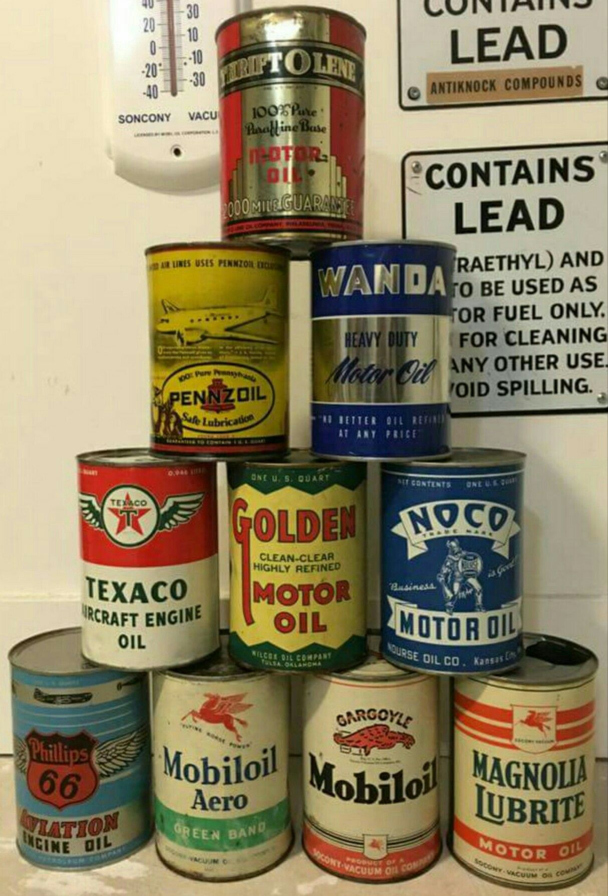 1 Quart Oil Can Collection | Vintage Oil Cans, Displays