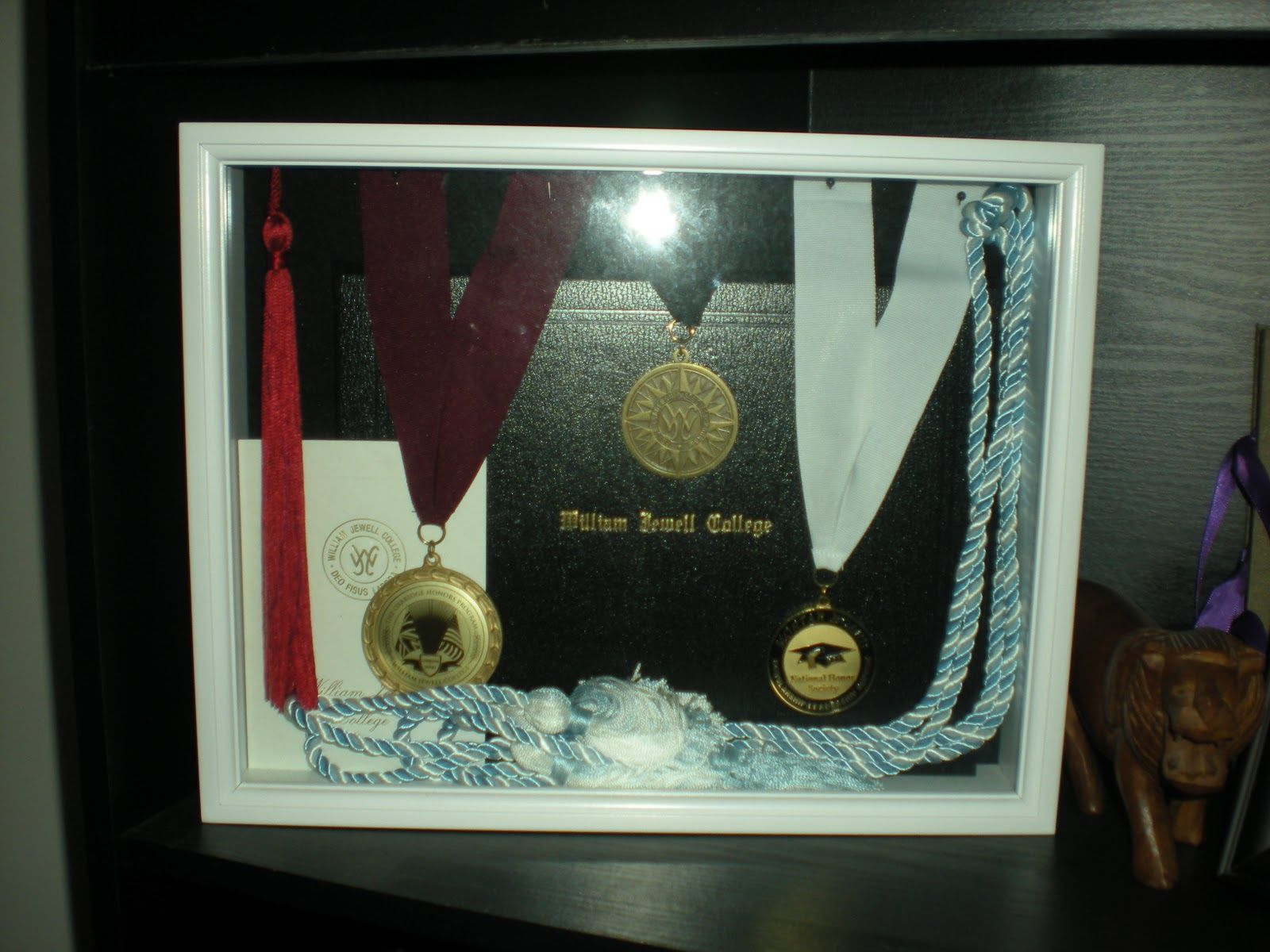 How To Decorate A Shadow Box Best Shadow Box Ideas To Keep