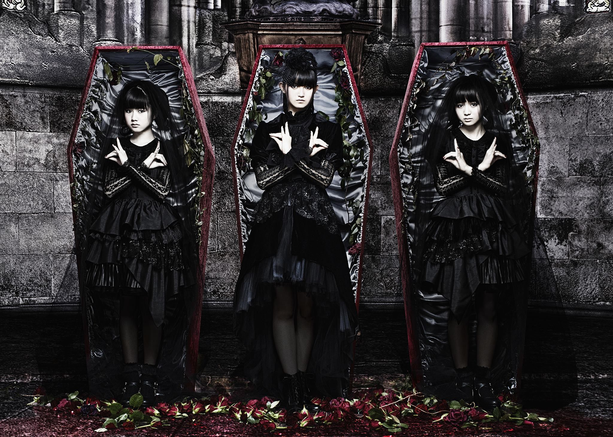 Babymetal stage outfits..... time for an update? : BABYMETAL