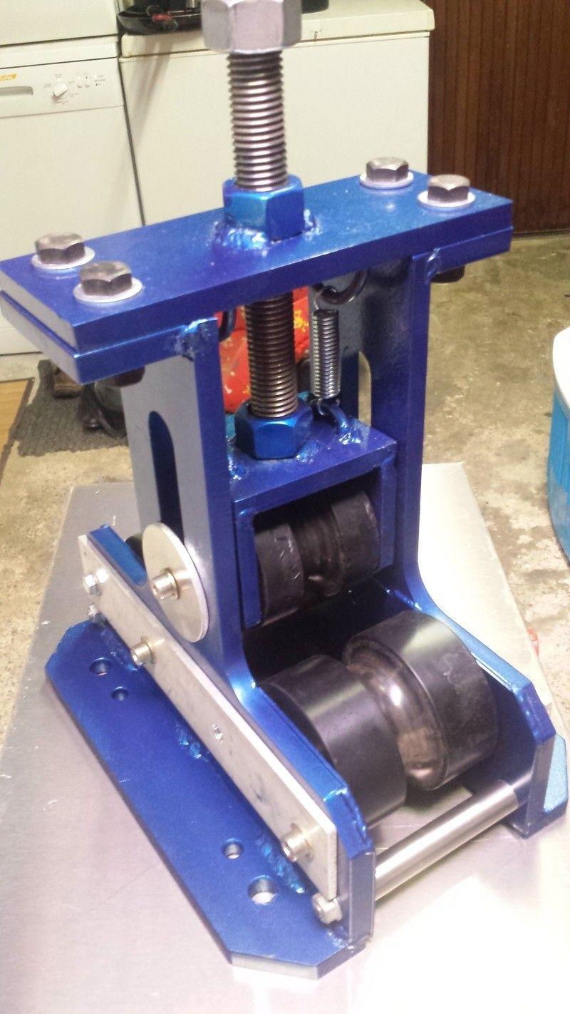 fabrication presse hydraulique maison Cintreuse a tube Outils De Forge, Outils Maison, Presse Hydraulique,  Outillage Mecanique,
