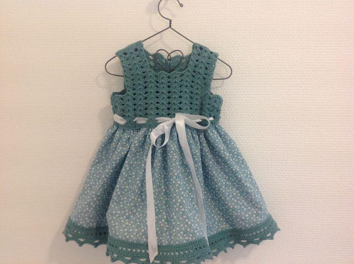 hekle kant på kjole