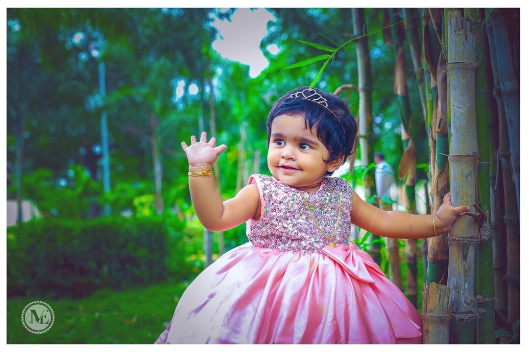 """A baby daughter is always a Daddy's girl and Mommy's world""!???????????? ❤️ Rishika Sarah❤️ For Booking Call us on 9030705999  #MomentEraEvents #birthday #birthdayphotography #babyphotography #baby #celebrations #childphotography #cute #child #firstbirthday #father #fatherhood #innocence #innocent #kidsphotography #kids #kidsphoto #parenting #motherhood #naughty #parenthood #parents #MomentEraEventManagement #prebirthdaycelebrations #photoshoot #photographer #photography #shoot #smile #Love #innocentparents"