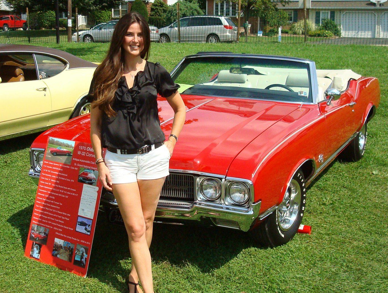 Olds SX W Cutlass Vert With The Host Of The Velocity TV Show - What's my car worth show