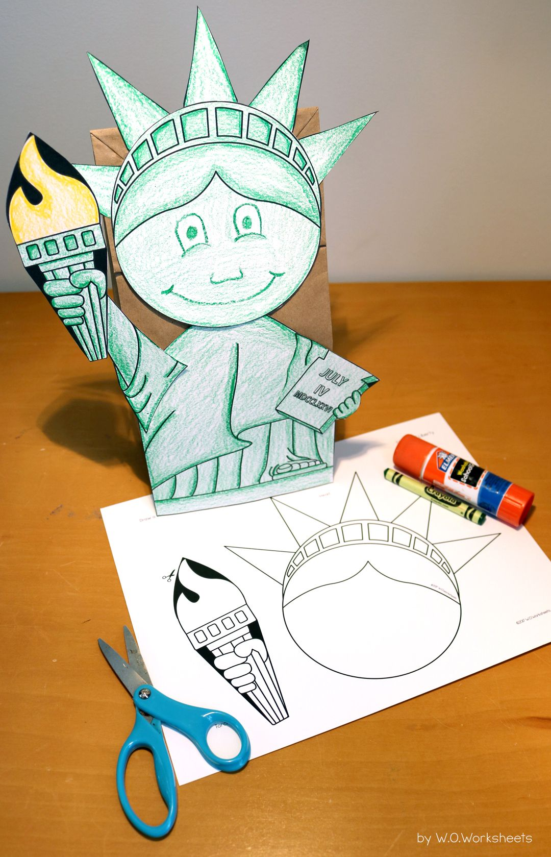 Statue Of Liberty Craft American Symbols Crafts First Grade