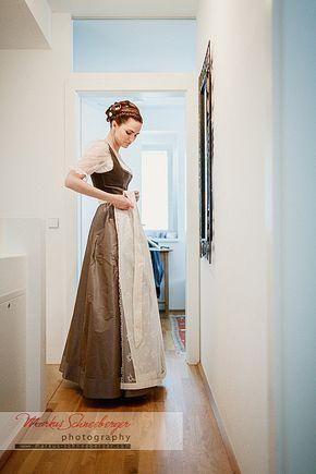 Wieder Mal Durfte Ich Eine Hochzeit In Linz Begleiten Was Ja Nicht So Oft Vorkommt Julia Und Michael Gaben Sich Dirndl Trachten Dirndl Traditionelle Kleidung