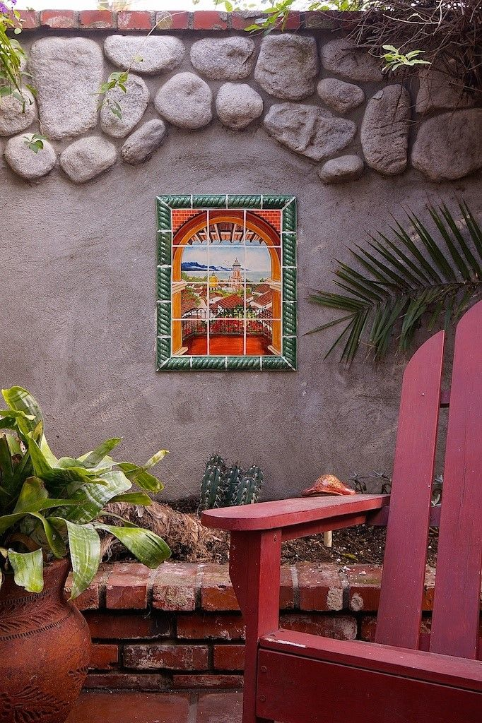 Outdoor use of Mexican Tile mural art | Mexican patio | Pinterest ...