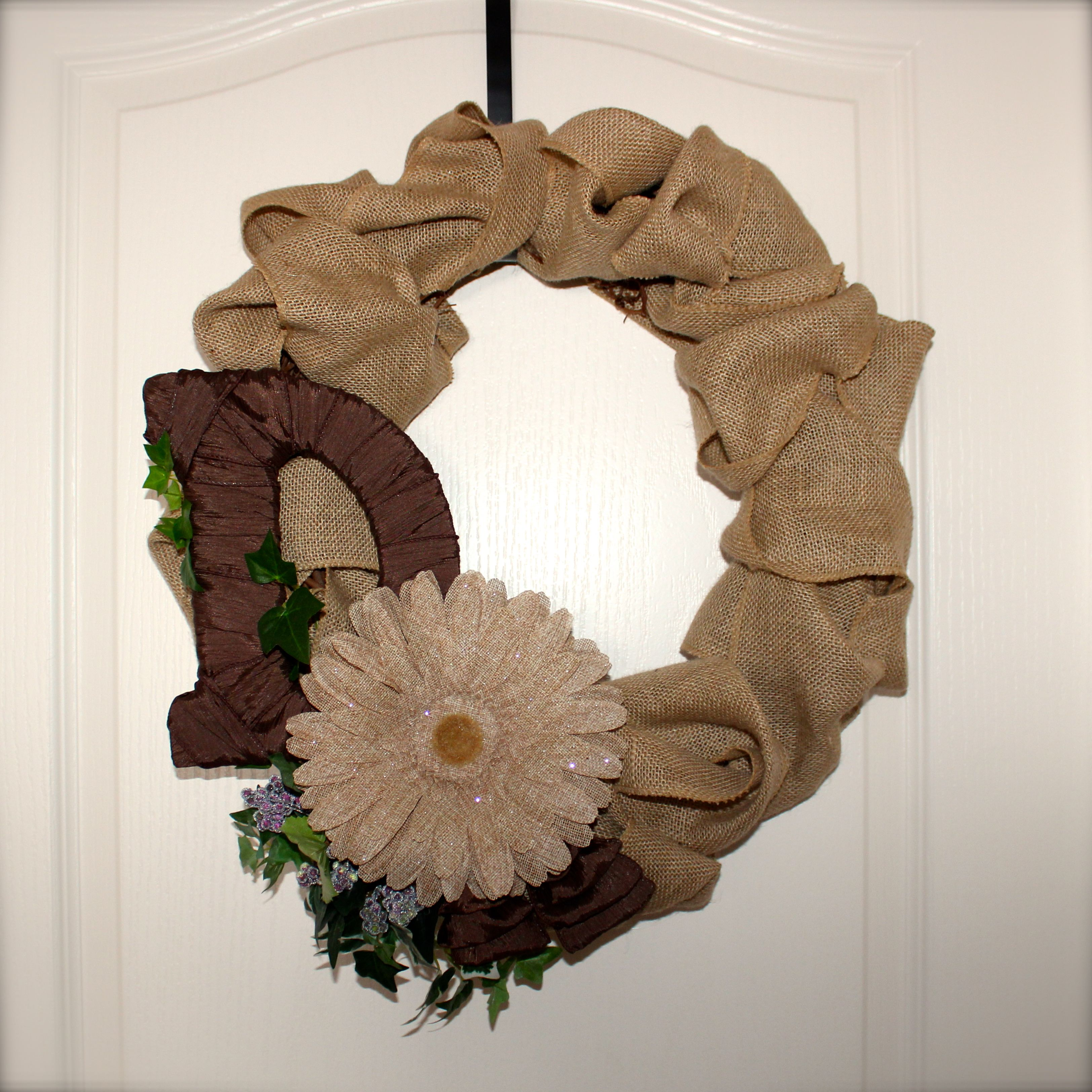 #Handmade by Laurel.  Wreaths #DIY with #burlap #wreath #crafts