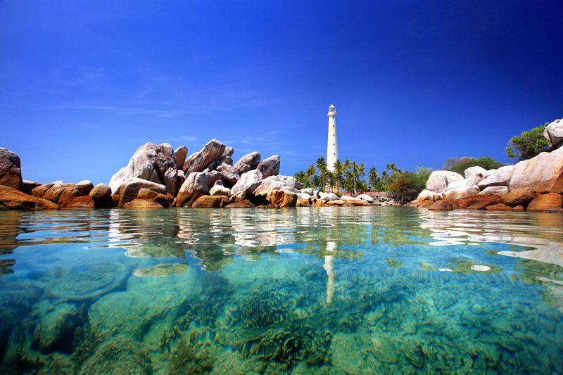 pulau lengkuas in tanjung pandan kepulauan bangka belitung