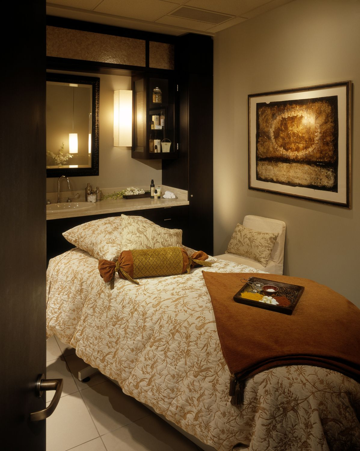 Day Spa Massage Therapy Room Esthetician Room