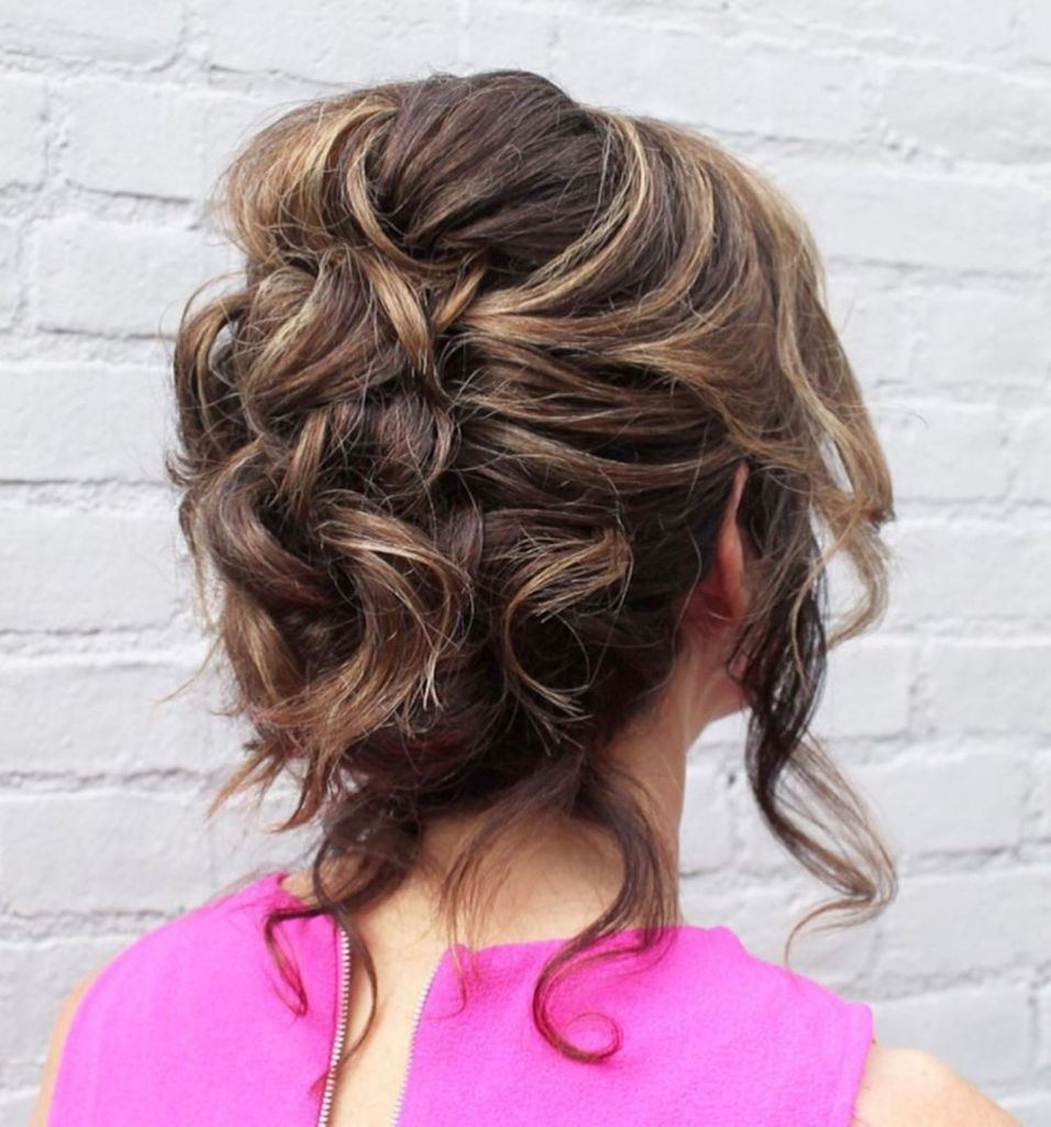 50 Ravishing Mother Of The Bride Hairstyles In 2020