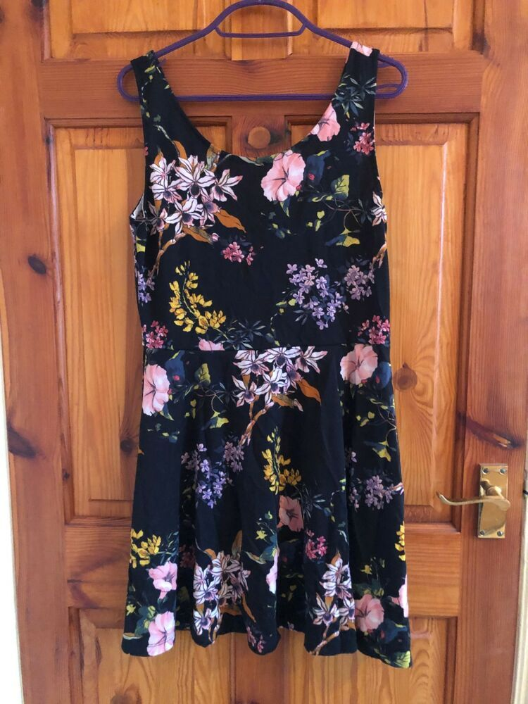 235aeb04308 H M Womens Size 16 Black Floral Fit and Flare Skater Dress  fashion   clothing  shoes  accessories  womensclothing  dresses (ebay link)