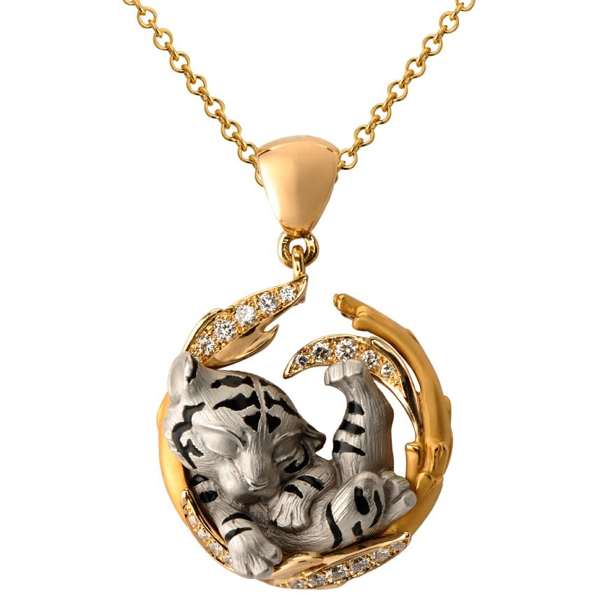 Baby Tiger by Jack Monarch Jewelry. Gold and diamonds