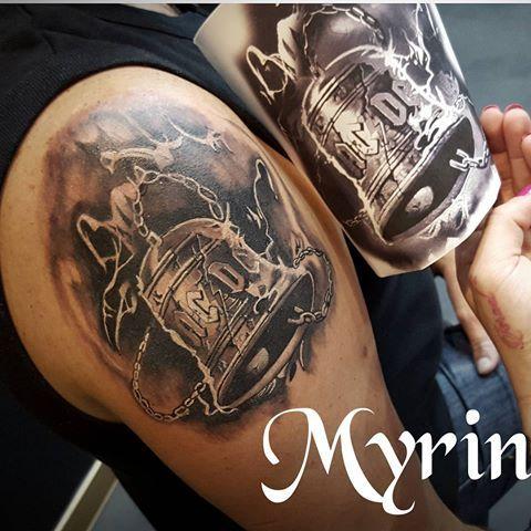 Resultado De Imagen De Ac Dc Acdc Tattoo Tattoos Musician Tattoo