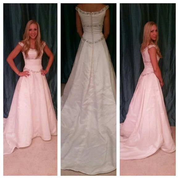 Randy Fenoli Wedding Dress Silk New Without Tags ! Never