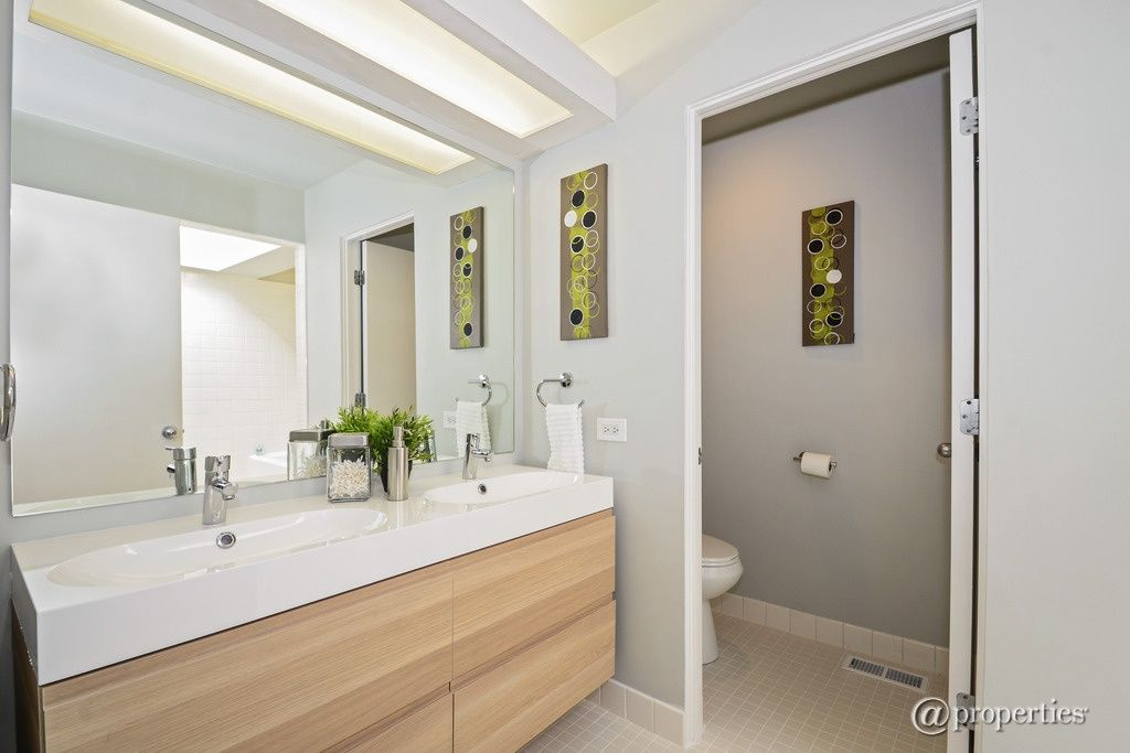 Contemporary Full Bathroom with Double sink, Flush, High ceiling, BRAVIKEN Sink, 2 bowls, white, European Cabinets
