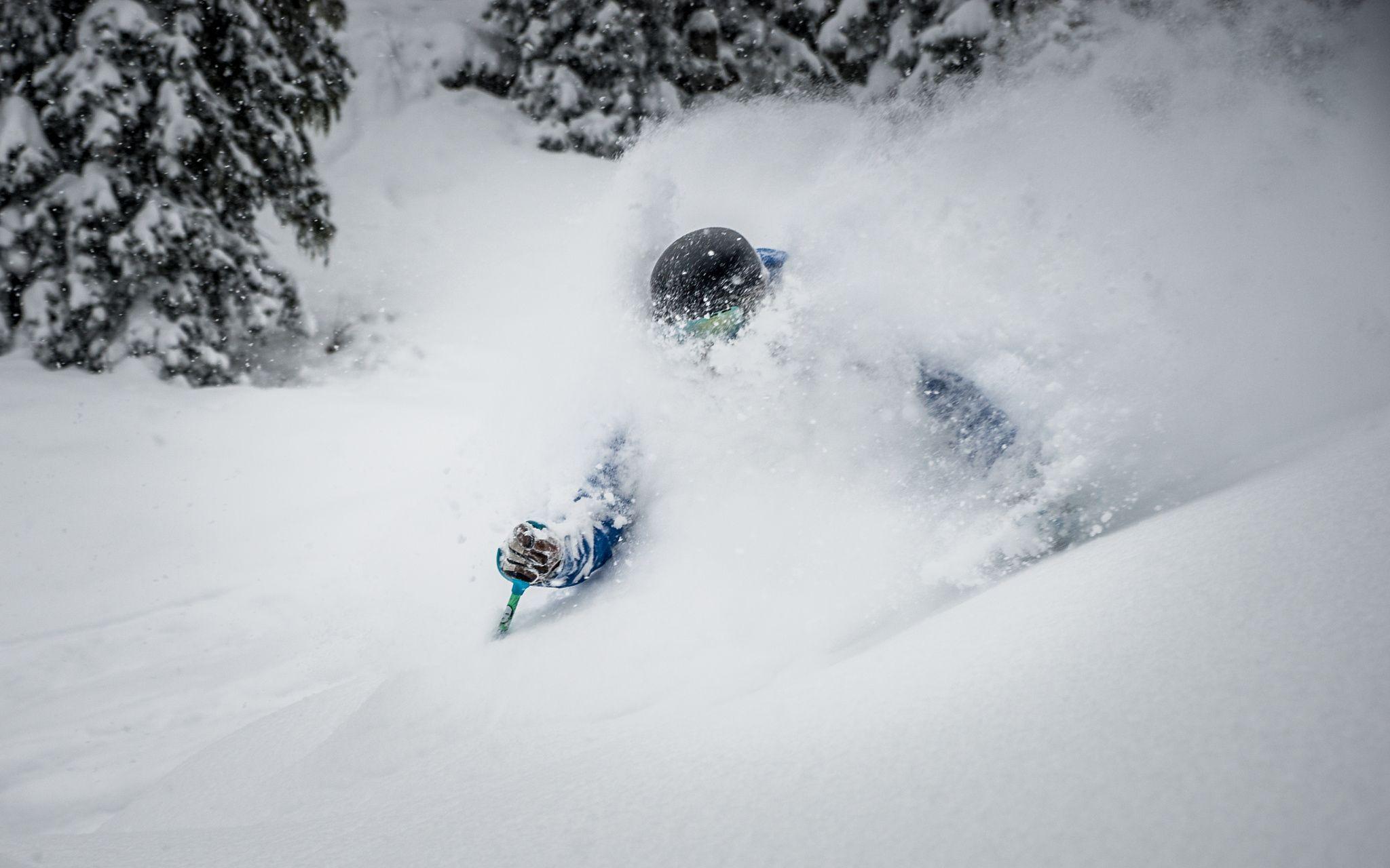 Deep Powder Skiing Powder Skiing Skiing Ski Touring