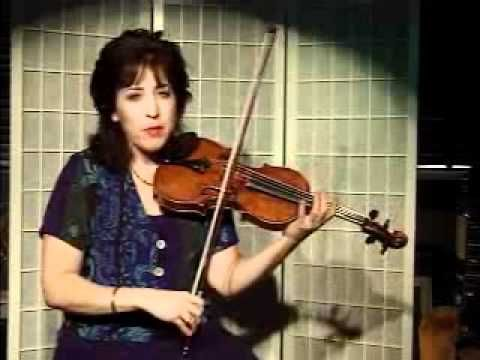 Violin Lesson How To Play Country Fiddle Style Using The Shuffle Bowin Violin Violin Lessons Learn Violin
