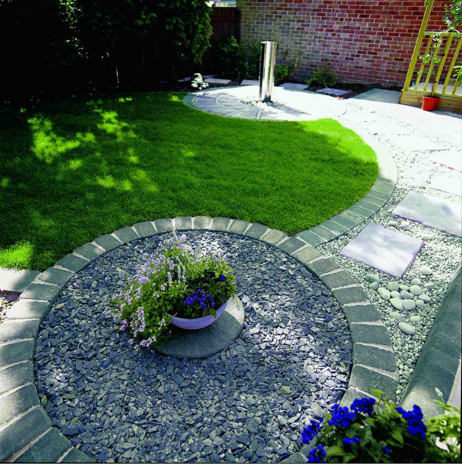 At TDS we are professional Block Paving contractors