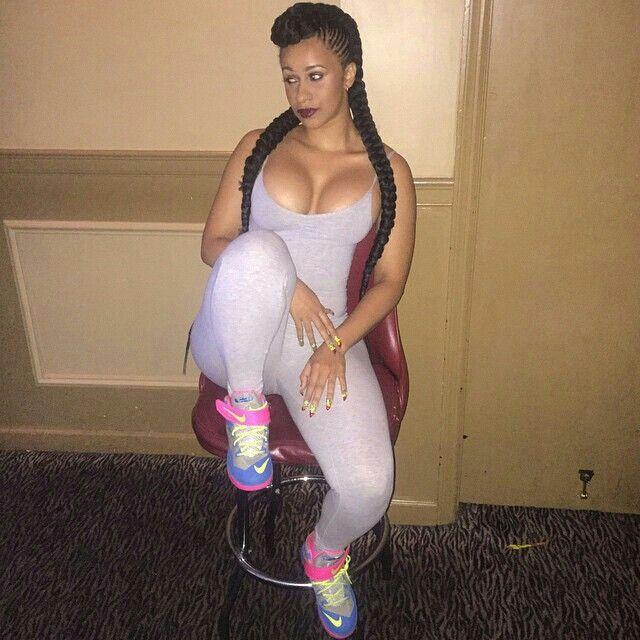 Singer Cardi B Hot Photos Gallery