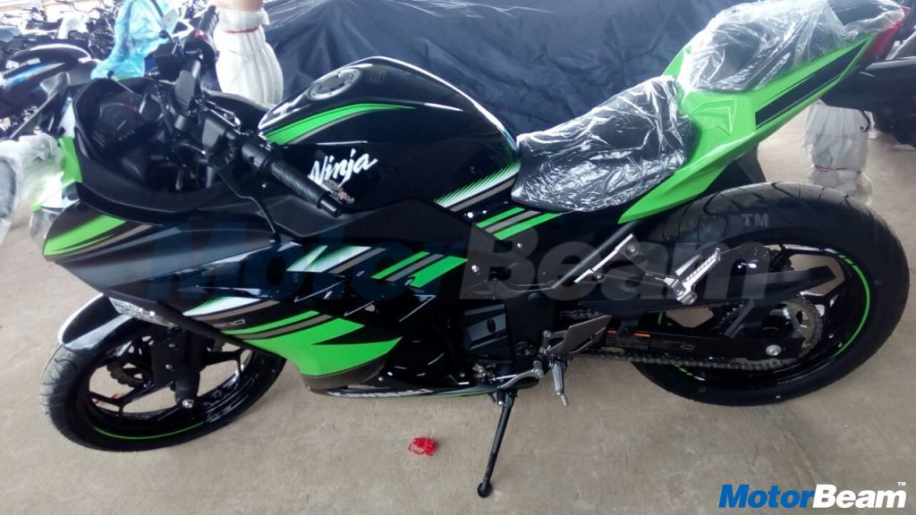 Kawasaki Ninja 300 Krt Special Edition Launched In India Bikes In