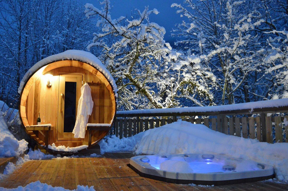 Hot Tubs Saunas And Cosy Log Fires At France S Chicest Ski