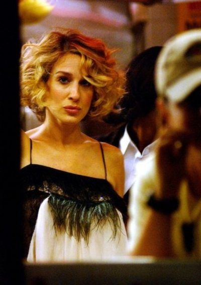 Image Result For Carrie Bradshaw Short Wavy Bob Short Wedding Hair Short Hair Styles Short Hair Options