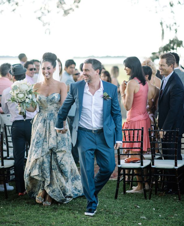 15 (Head-Over-Heels Gorgeous) Floral Wedding Dresses   Pinterest ...