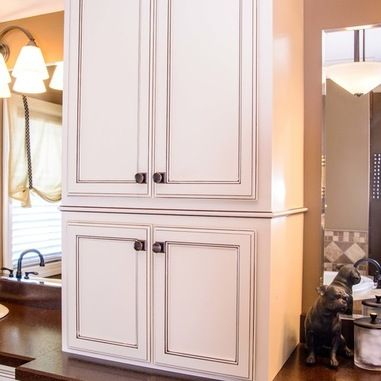 Bathroom Featuring Kabinart Cabinets In Sherwood Starlight Coffee.  Designer Saburina Hodge Of Specialty Designs