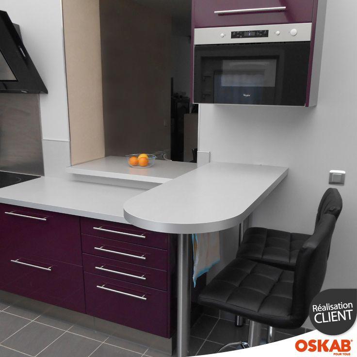 David d a choisi oskab découvrez sa cuisine moderne design aubergine avec snack bar