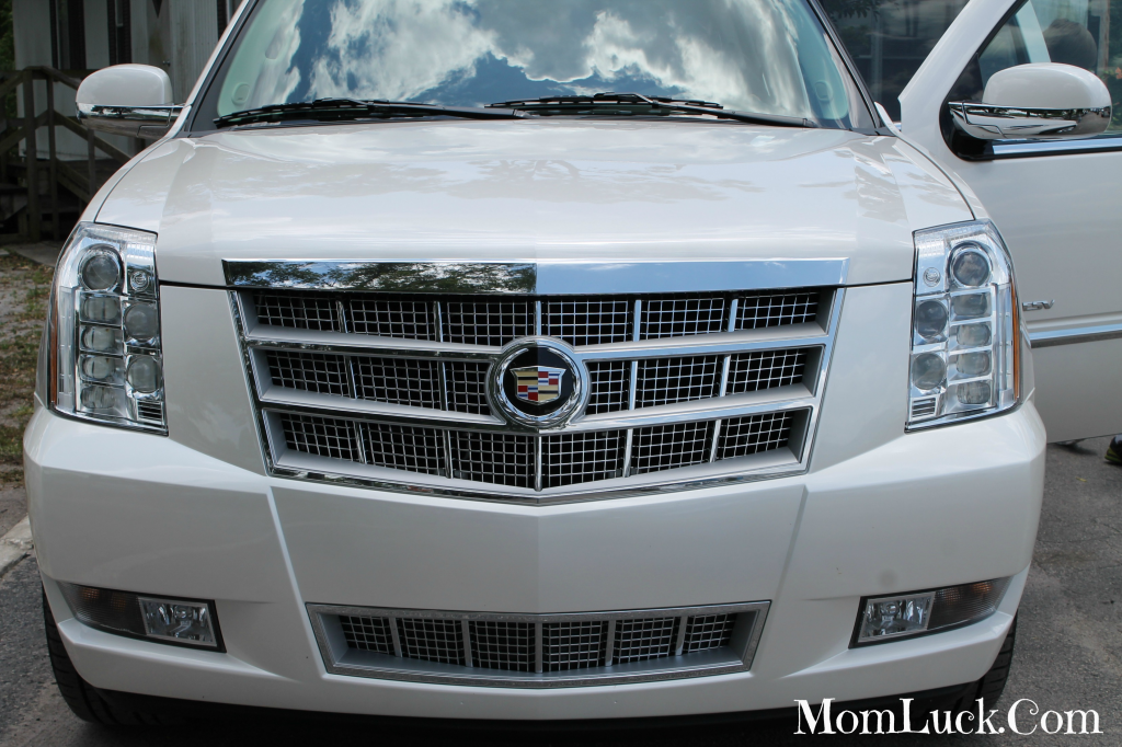 Cadillac Escalade #Chevy #Escalade #Carreviews