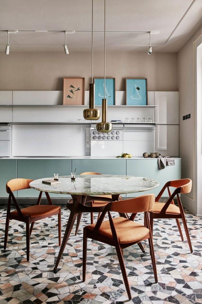 1001 alternative pour un rev tement mural de cuisine fantastique design parement mural - Revetement table cuisine ...