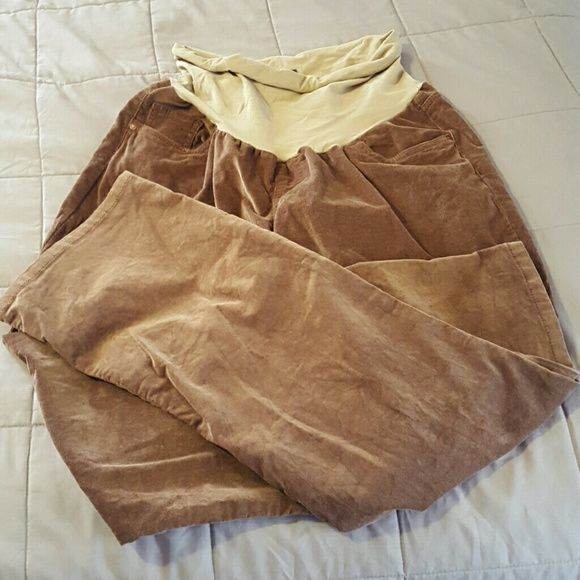 """XL Oh Baby by Motherhood corduroy pants XL brown corduroy pants from Oh Baby by Motherhood. These have only been worn once and are in like new condition. They are not discolored as they may look in the pictures. That's just how the light was hitting them. These are extremely comfortable and are long enough to look nice on me at 5'8"""". They fit somewhat loosely in the legs, but not in a sloppy way. You can dress them up or down, depending on what top and shoes you wear. Oh Baby by Motherhood…"""