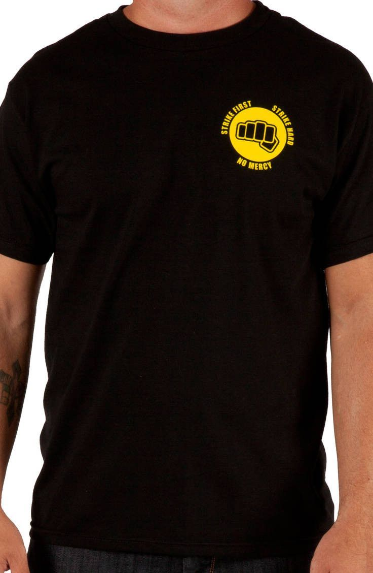 8910b13a Fist Cobra Kai T-Shirt: 80s Movies Karate Kid T-shirt | Geek stuff ...