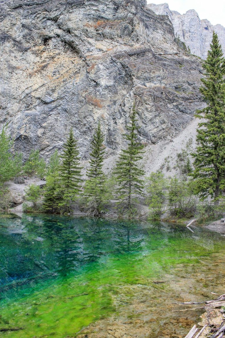 Hidden Gem Alert: Grassi Lakes in Canmore, Alberta #travelbugs