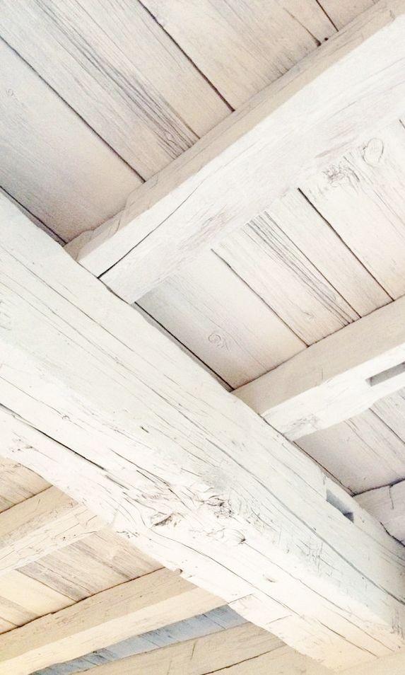 White wood #beam #ceiling ❖Blanc❖➁ Shabby Paris apt Rustic