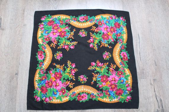 Vintage wool shawl.Russian Shawl.Wedding shawl.Floral scarf.Scarf.Vintage shawl.Black Flower Shawl.Floral shawl.Russian scarf shawl.