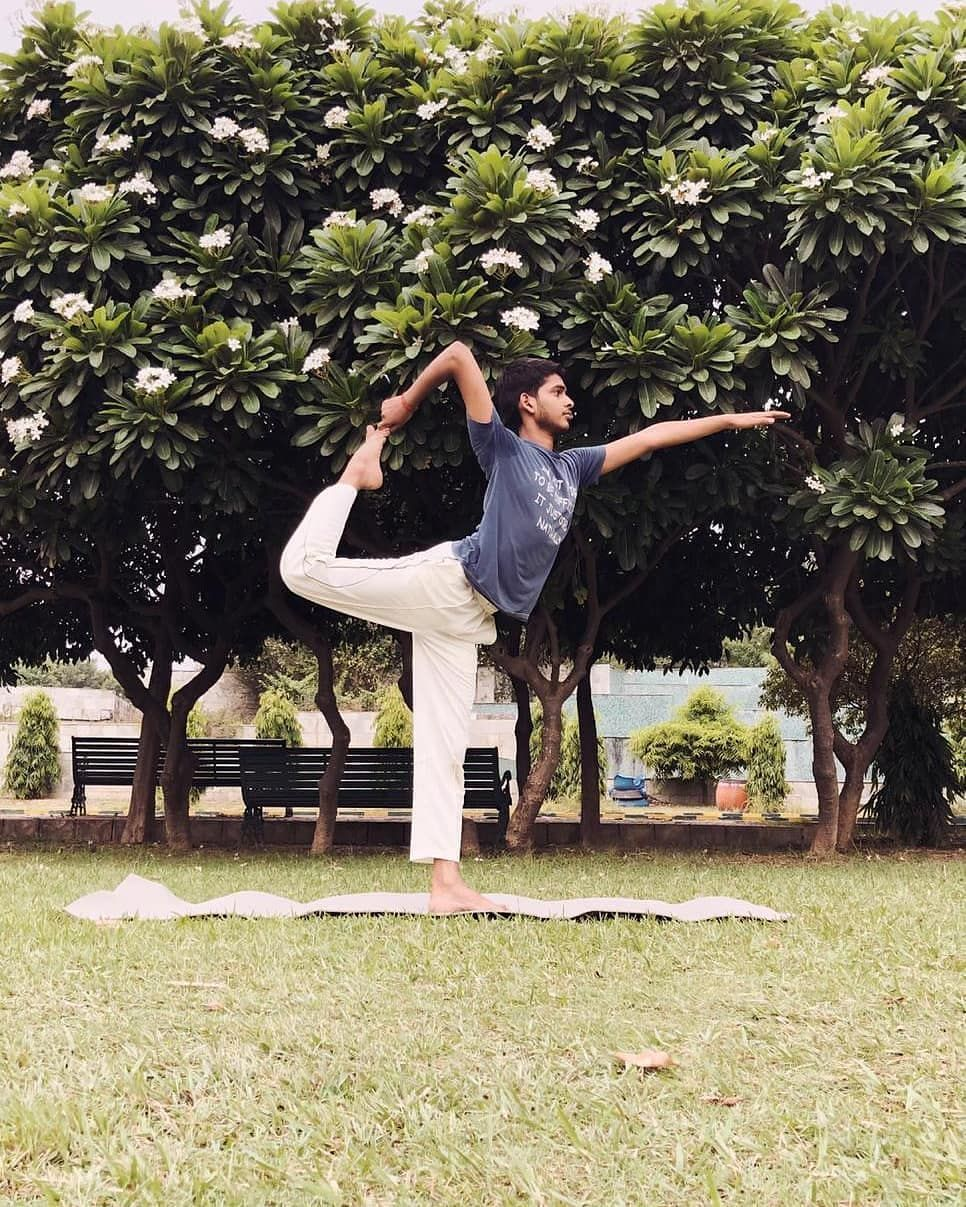 No caption and nothing to describe!  This is one of my favourite pose.  #practice #yogapractice #kin...
