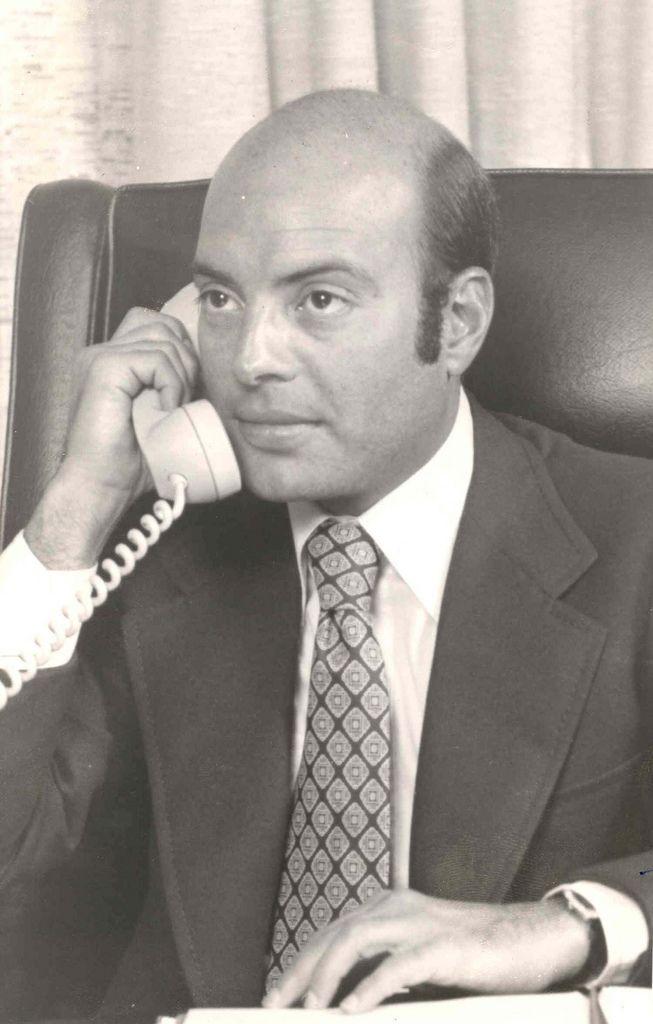 Allen Glick. http://en.wikipedia.org/wiki/Argent_Corporation