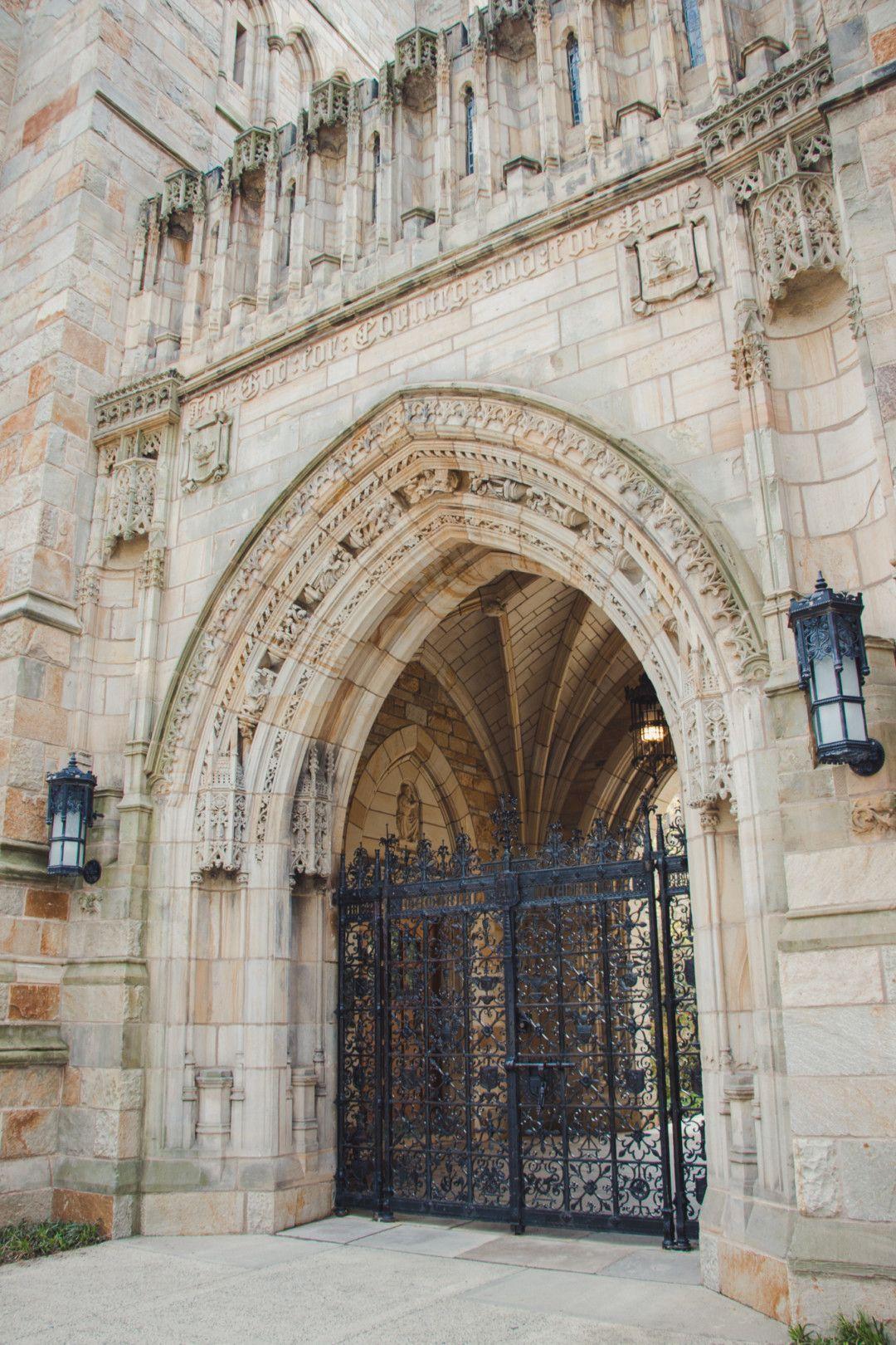 A Tour Of Yale University S Campus University Architecture Usa