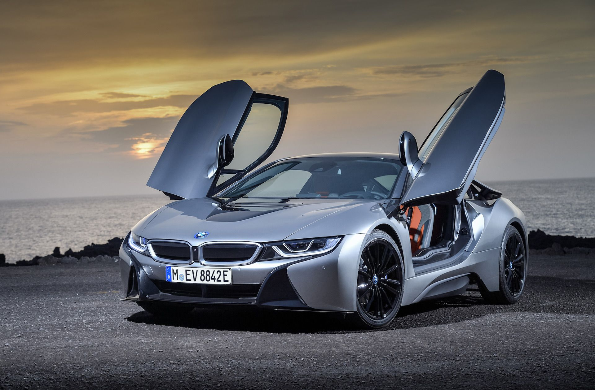 Bmw I8 Fuel Economy In 2020 Bmw I8 Bmw Hybrid Sports Car