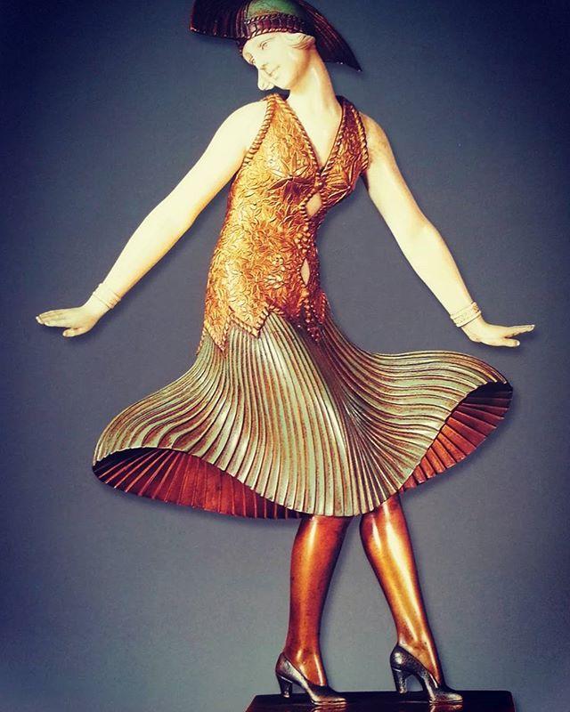 #cryselephantine sculpture by #chiparus  bronze, ivory, marble Art nuveau e art deco Museum #casalis
