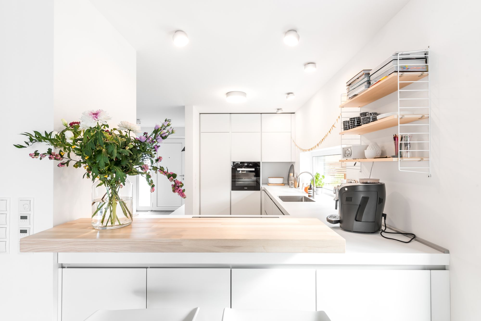Kommunikative und helle bulthaup b1 Küche in UForm
