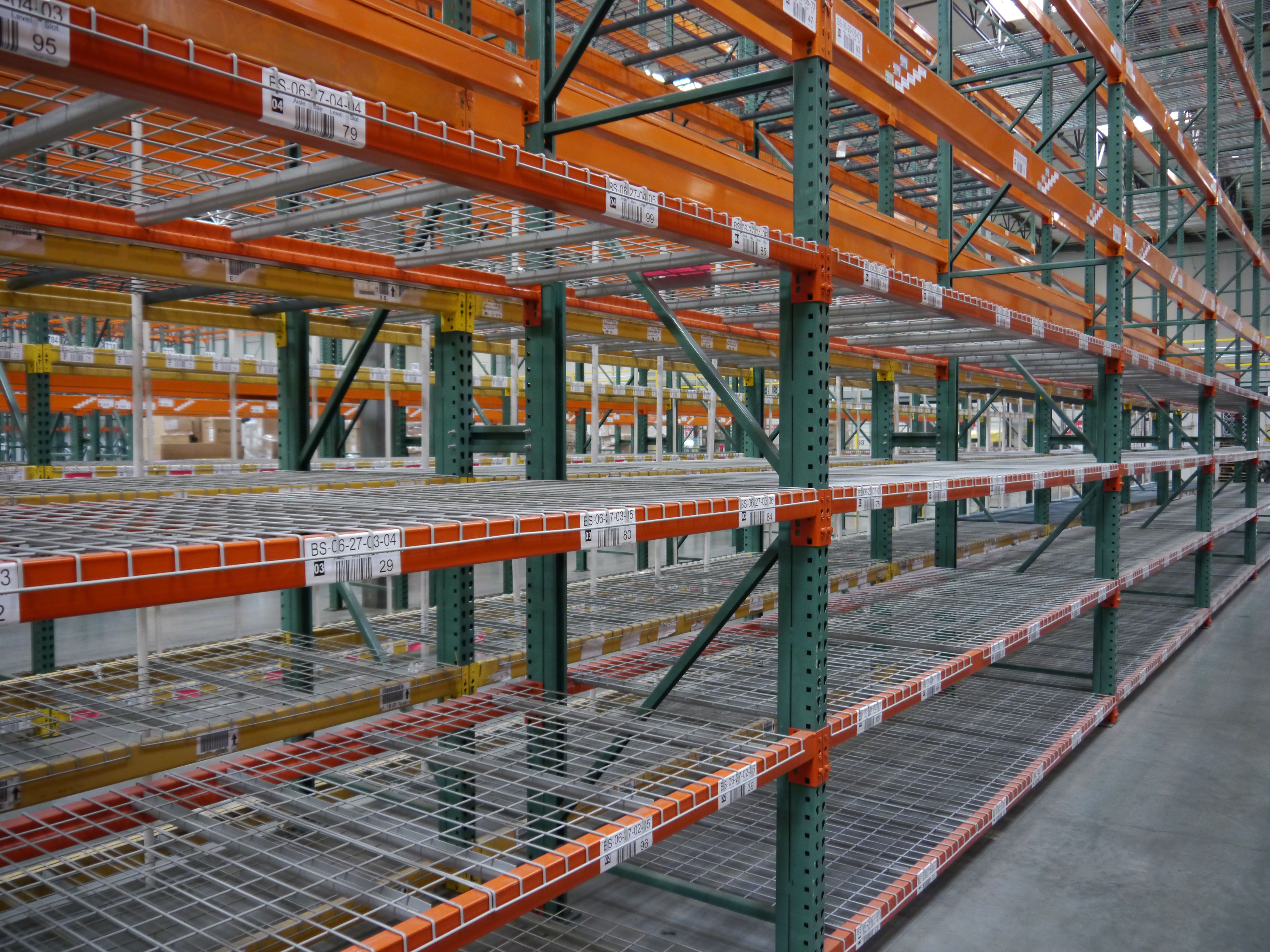 Warehouse Pallet Racks With Over 29 Years Of Warehouse Storage Experience We Know How To Handle Any Warehouse Stor Warehouse Pallet Racking Pallet Rack Pallet