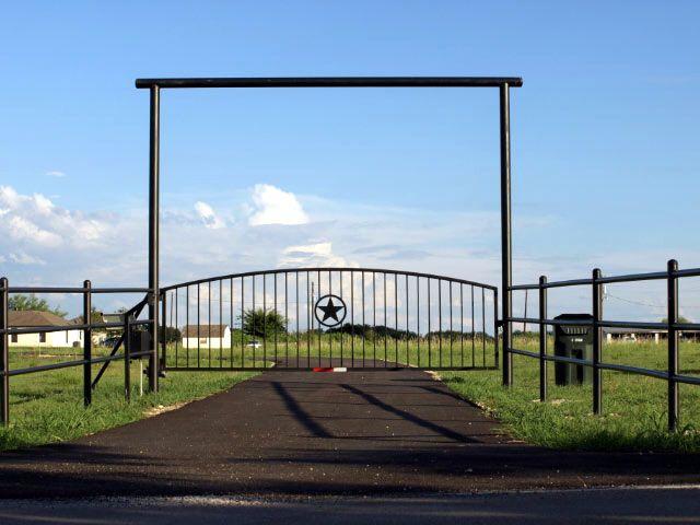 Pipe Gate Entrance Barns Gate Entrance Entrance Gates