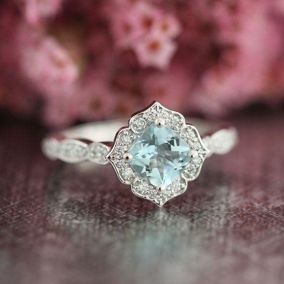 Mini vintage aquamarine white gold engagement ring.