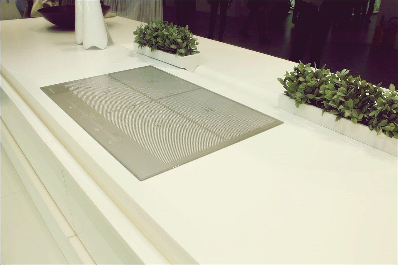 Solid Surface Countertops Eine Pflegeleichte Kuchenoption Kuche Deko Kuche Dekoration Arbeitsplatte Kuchenreiniger