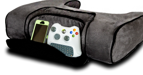 The Ergonomic pad for gamers includes a zipper pocket for convenient storage.